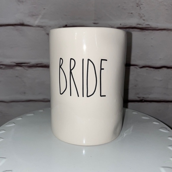 Rae Dunn BRIDE candle.